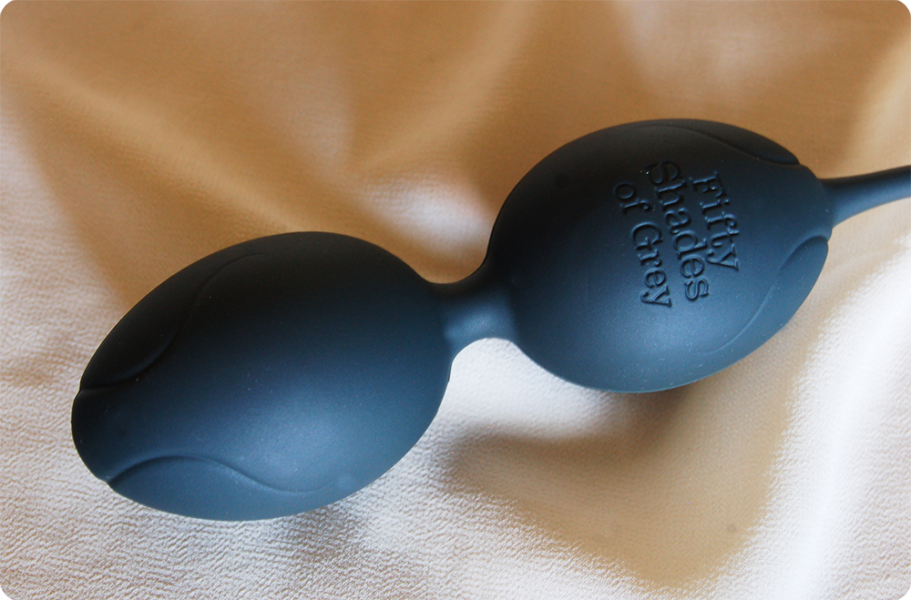 Fifty Shades of Grey Delicious Pleasure Silicone Ben Wa Balls Review 3